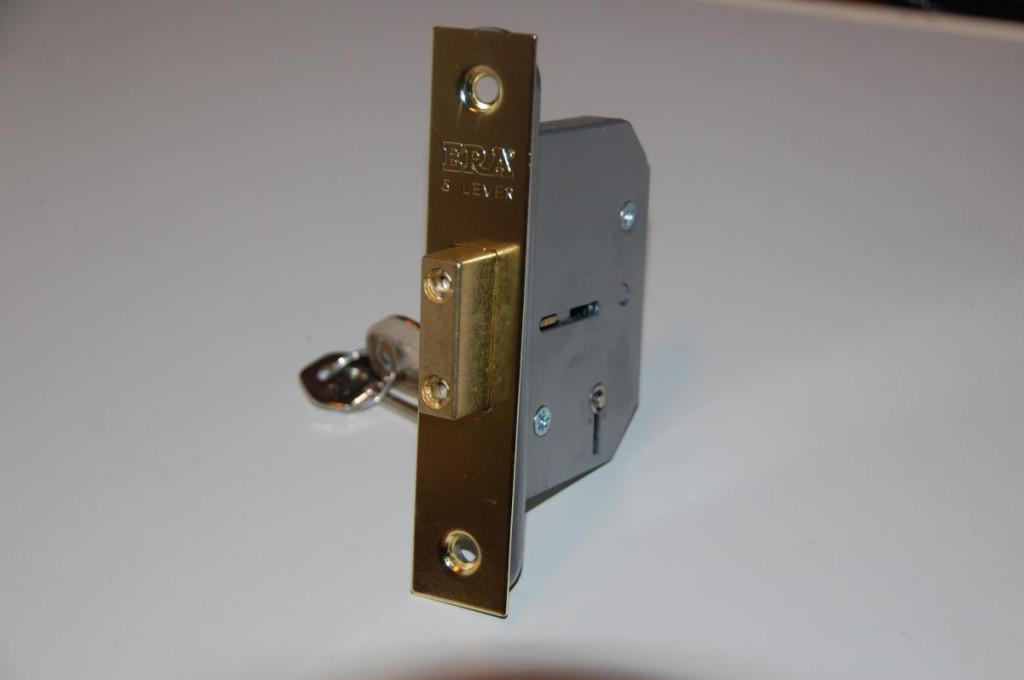 Lacey Locksmiths Special offers - 5 Lever Deadlock